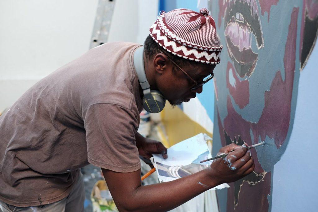 Banele Njaday painting